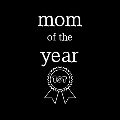 mom-of-the-year-black-square