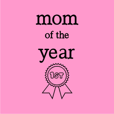 mom-of-the-year-light-pink-square